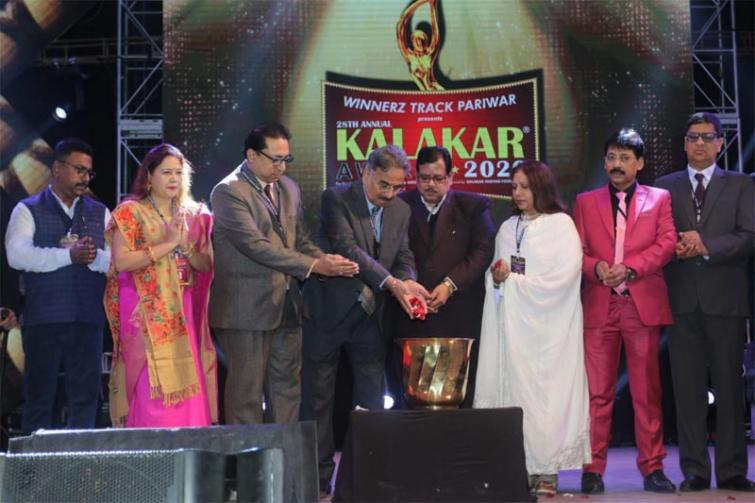 Super 30 wins Best Film award and Yeh Teri Galiyan wins Best Serial award at the latest Kalakar Awards