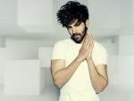 Bollywood actor Kartik Aaryan to play muse for Manish Malhotra on the opening night of Lakmé Fashion Week 2020