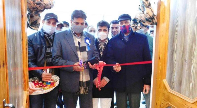 J&K: Talat Parvez visits Gandhi Memorial College, stresses for introduction of skill development, vocational courses