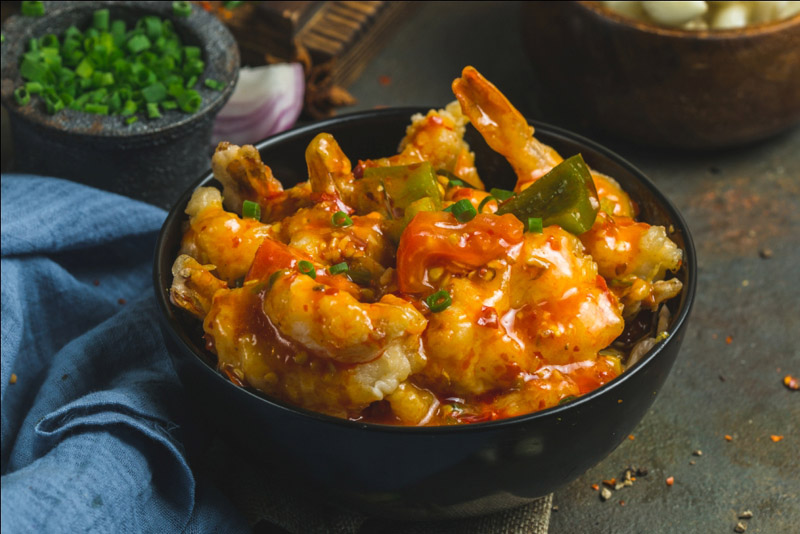 Kolkata: Chowman offering delicious Chinese cuisine to foodies to celebrate X-mas, New Year