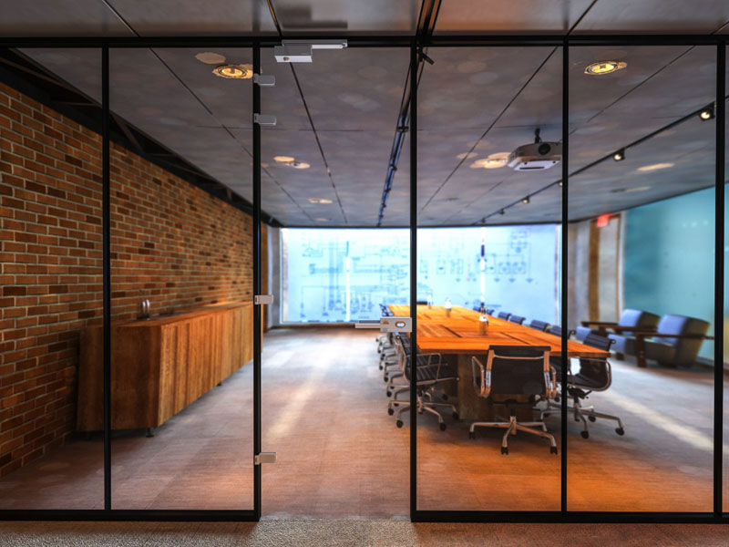 Hafele offers a range of solutions for application on glass doors and panels