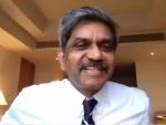 Brand expert Shiv Shivakumar advices IIM-C students how to ace career dilemmas