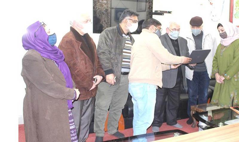 Jammu and Kashmir: CUK's Central Library starts SMS alert service