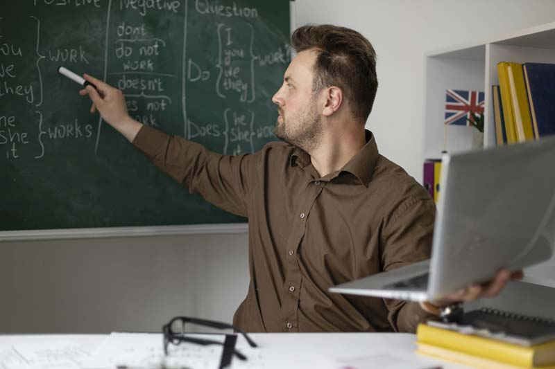 Tips for Becoming a Better Online Educator