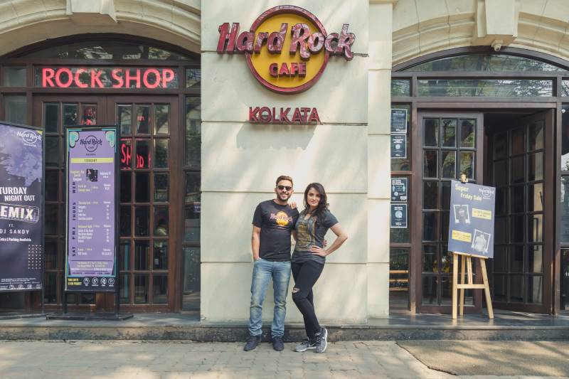 Rock it... with Hard Rock Café's Merchandise!