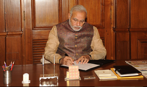 Modi launches scheme to ensure bank account for everyone