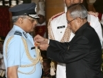 President confers gallantry and distinguished service awards