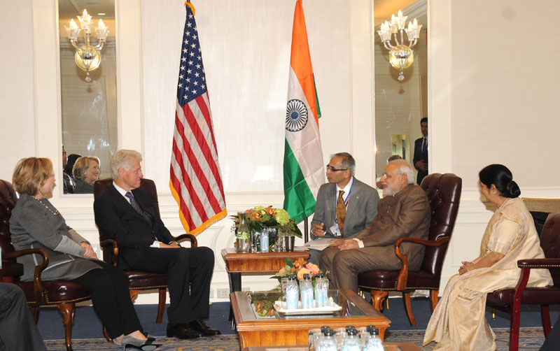 Clintons praise Modi for taking up initiative to clean Ganga