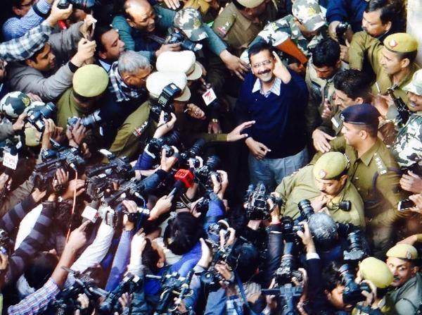 Arvind Kejriwal's office raided by CBI