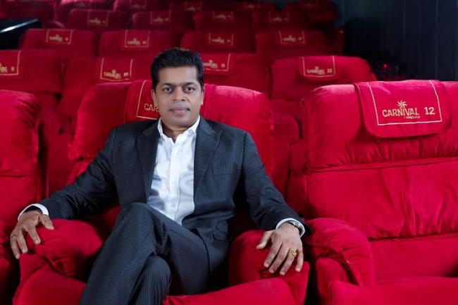 Shrikant Bhasi of Carnival Cinemas bags Outstanding Achievement Award at CMO Asia Multiplex Excellence Awards
