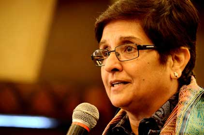 Kiran Bedi hits the street with her road show