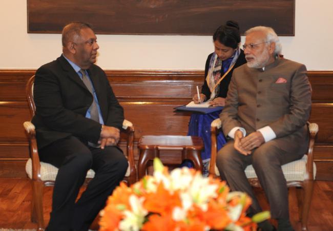 Lanka Extenal Affairs Minister meets Modi