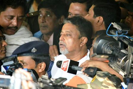 Mukul Roy faces CBI, says he will cooperate