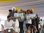 Kejriwal visits Punjab, slams Prakash Singh Badal-led government