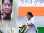 Mamata Banerjee pays homage to Jayalalithaa