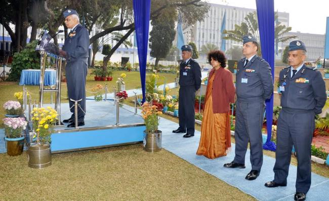 Air Marshal SB Deo hands over command of WAC