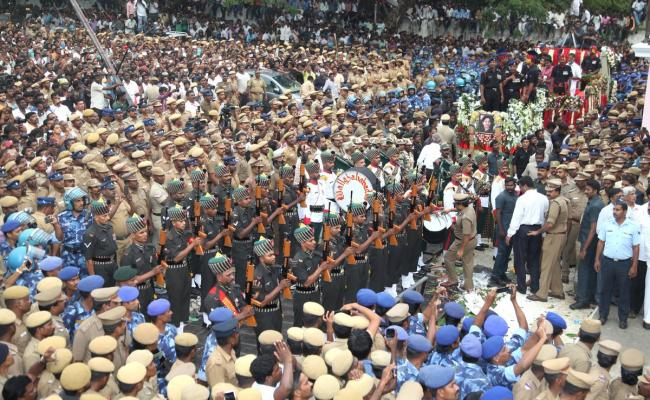 J Jayalalithaa laid to rest, supporters mourn