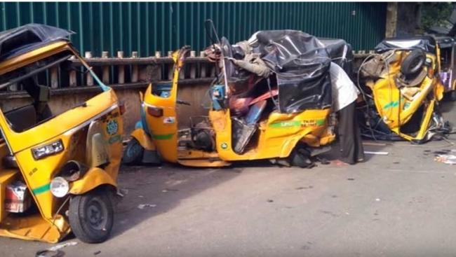One Dead As Drunk Driver Rams Luxury Car Into Auto Rickshaws