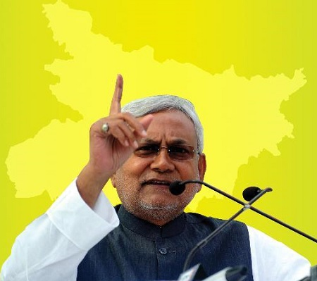 Nitish Kumar urges Sonia to take lead in challenging BJP for Presidential candidate