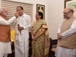 Narendra Modi meets Naidu, congratulates him on becoming Vice President