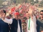 Rahul Gandhi, Akhilesh Yadav participate in joint roadshow