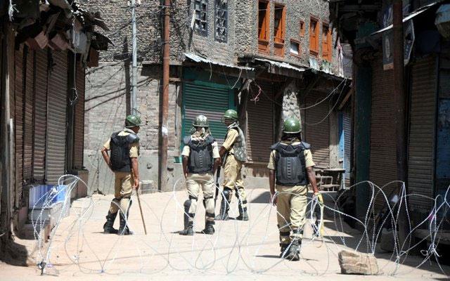 Top militant commander killed in Kashmir