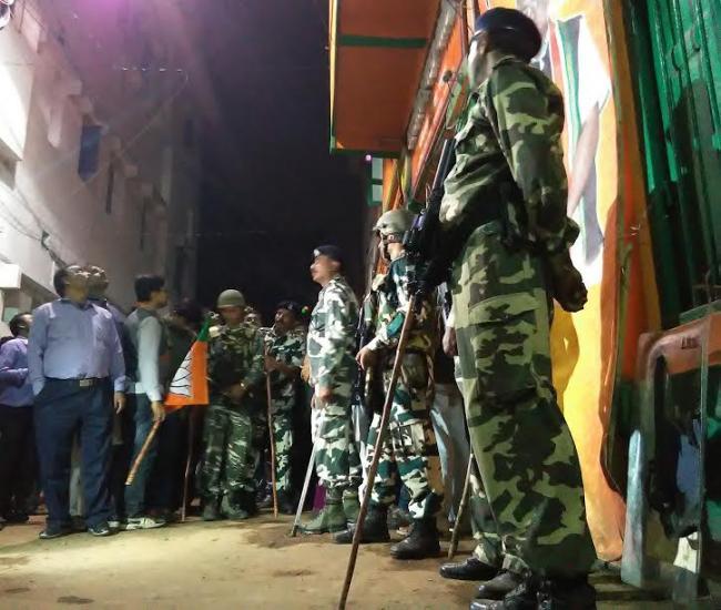 BJP WB HQ attack: Kolkata Police lodge FIR against BJP, TMC