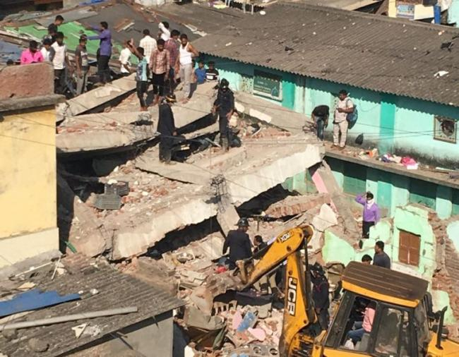 Thane building collapse leaves five injured, one dead