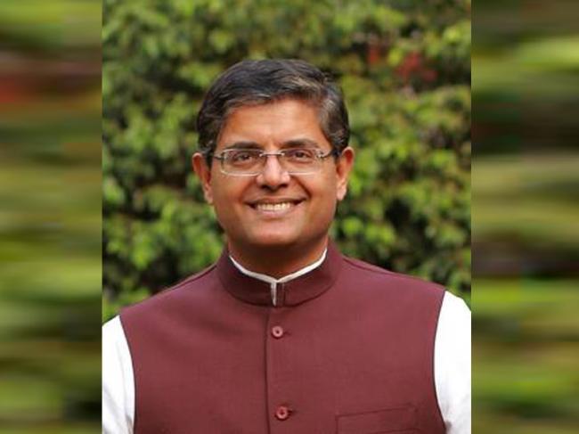 Odisha: Suspended BJD MP Baijayant Panda quits party