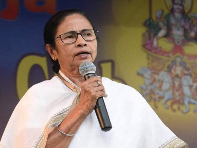 After Chandrababu, now Mamata blocks CBI from entering West Bengal