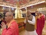 Modi in Singapore : Visits temples, unveils Mahatma Ganhi's plaque