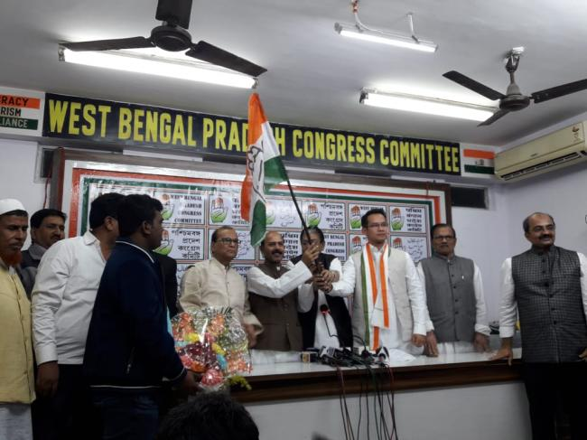 Ex-West Bengal minister Abdus Sattar joins Congress