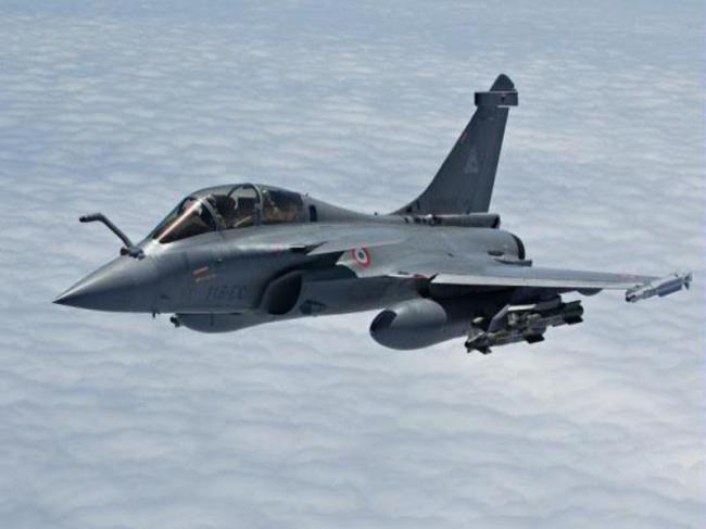 Centre opposes court review of Rafale deal, says 'its for experts'
