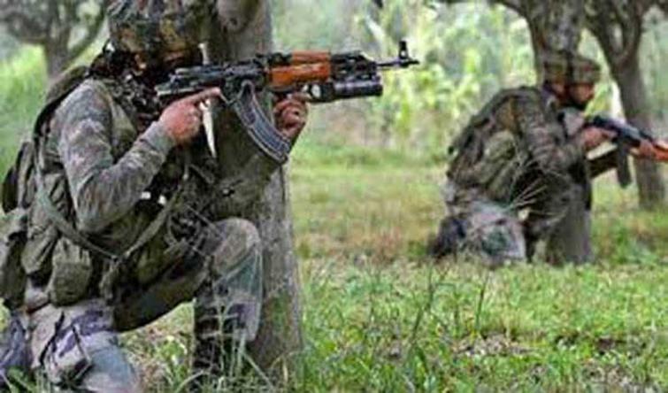 Pakistan again violates ceasefire on LoC in Nowshera sector of Rajouri