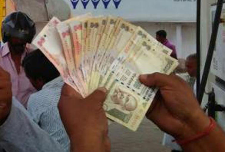 Cash worth over Rs 1.12 cr seized from buses in Bihar