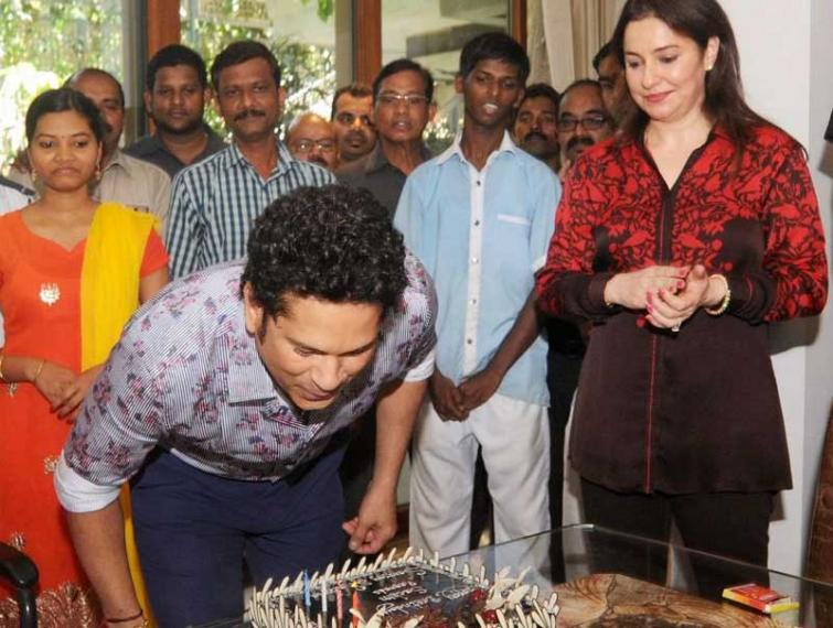West Bengal Chief Minister Mamata Banerjee wishes Sachin Tendulkar on birthday