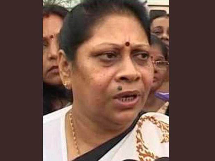 Kolkata South: Mala Roy ahead of BJP's Chandra Kumar Bose by over 2 lakh seats