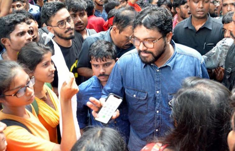 Jadavpur clash: Guv Dhankar contradicts with TMC statement, says had talk with CM Mamata