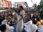 Mamata visits Naihati, vows to give reply to BJP's violence