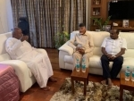 In a bid to unite non-BJP parties, Chandrababu Naidu meets Deve Gowda, Kumaraswamy