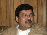 Mukul Wasnik is frontrunner for post of Cong president as the CWC meets to pick next chief
