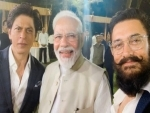 SRK thanks PM for discussing artists' role in spreading Gandhi's message, hails idea of University of Cinema