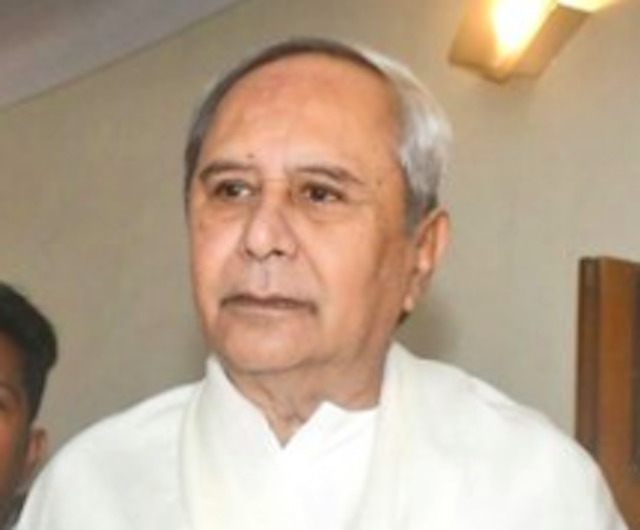 Naveen Patnaik meets President Kovind over minimum support price for rice