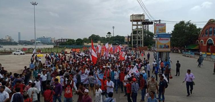 Sigur To Nabanna Rally: Left activists clash with police in Howrah