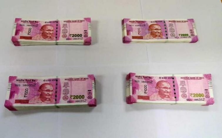 Kolkata: Police arrest youth with Rs 2 lakh fake notes