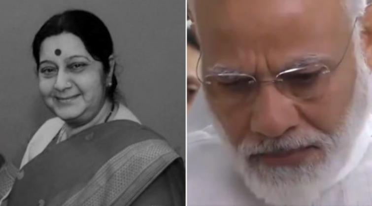 PM Modi turns emotional while paying respect to Sushma Swaraj's mortal remains