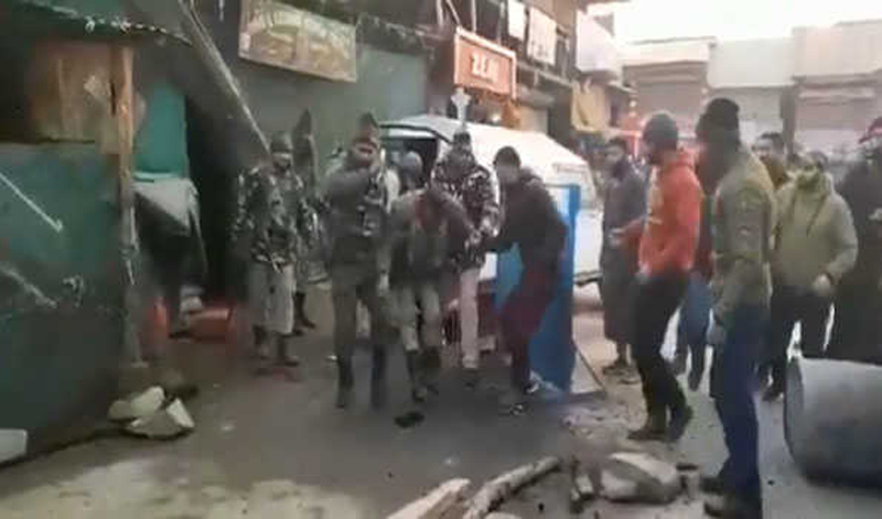 Kashmir: CRPF ASI injured in Ganderbal grenade attack, succumbs