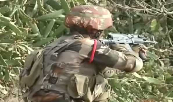 Pakistani troops violate ceasefire at LoC