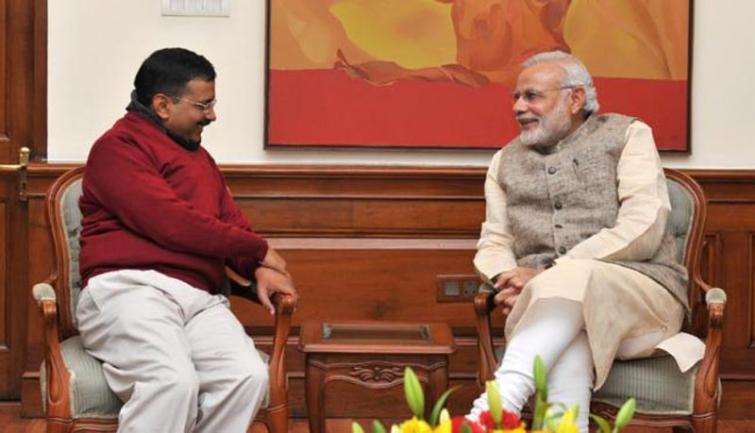 Arvind Kejriwal invites PM Narendra Modi for his swearing-in ceremony