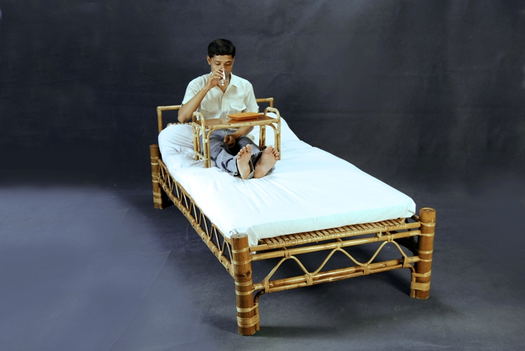 IIT-G designs bamboo hospital furniture range